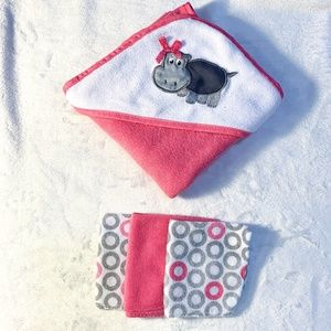 Other - PINK HOODED TOWEL WITH 3 WASHCLOTHS